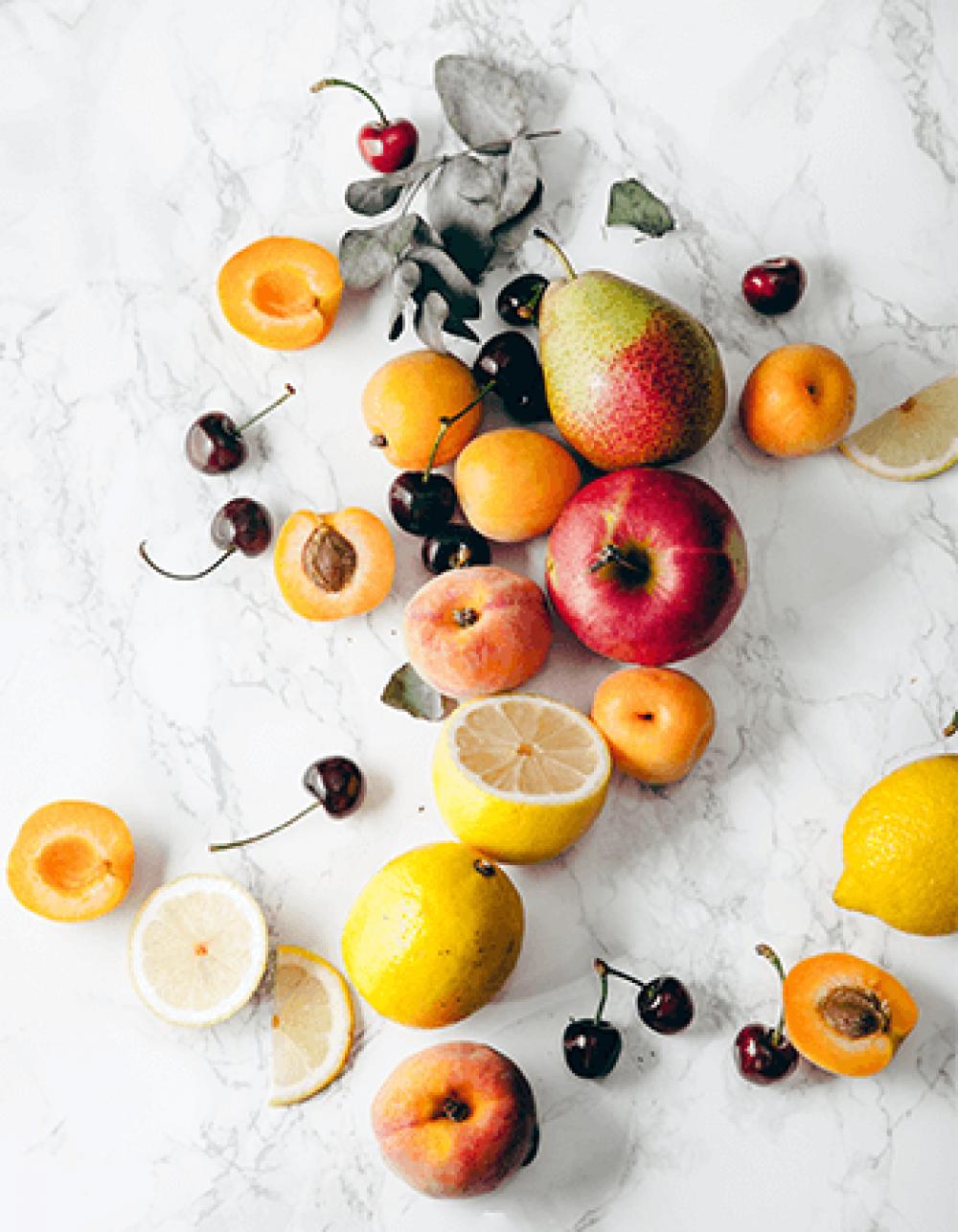 Mevsim Meyveleri ve Milföyle Yapabileceğiniz Ferah Yaz Tatlıları